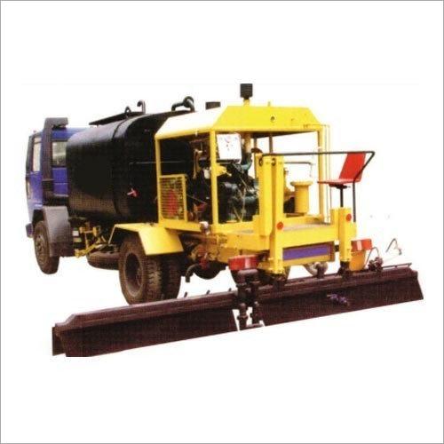 NDB - 8000 Bitumen Pressure Distributor