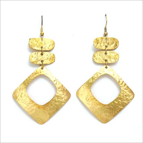 Ladies Horn Hanging Earring