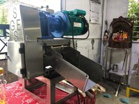 Table Top 1.5  Hp SugarCane Crusher