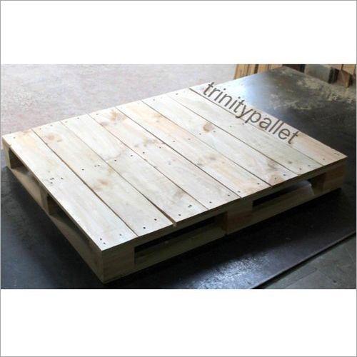 Platform Type Four Way Pine Wood Pallet