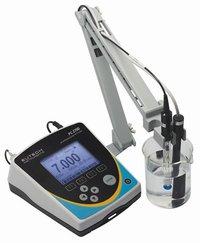 Eutech Benchtop Multiparameter PC2700
