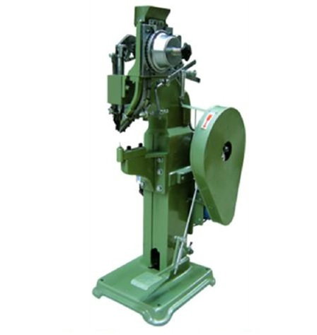 Helmets Riveting Machine
