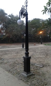 CAST IRON POLE