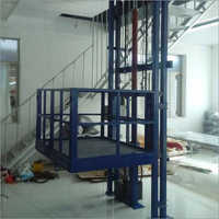 Scissor Lift With Wheel
