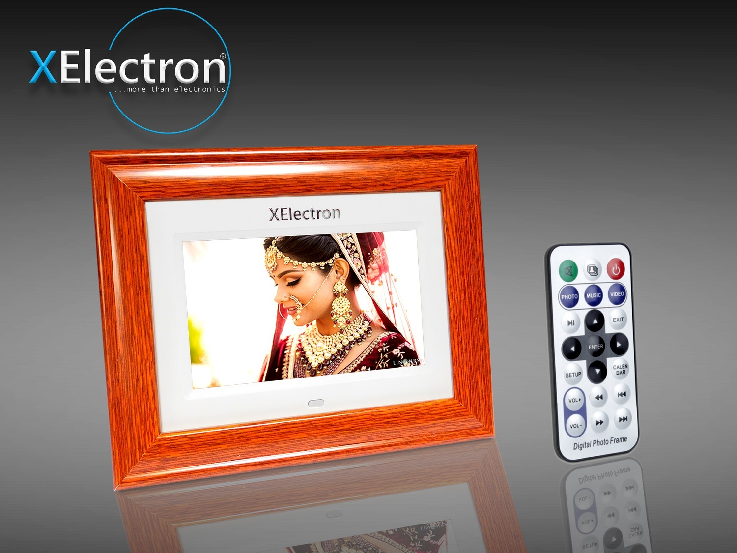 XElectron 7 inch LCD Display Wooden Digital Photo Frame