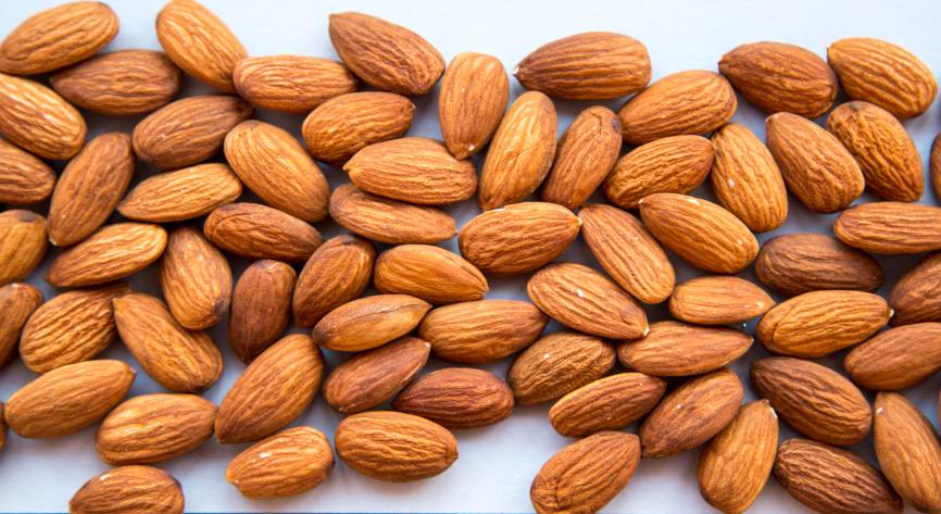 Organic Almonds Nuts