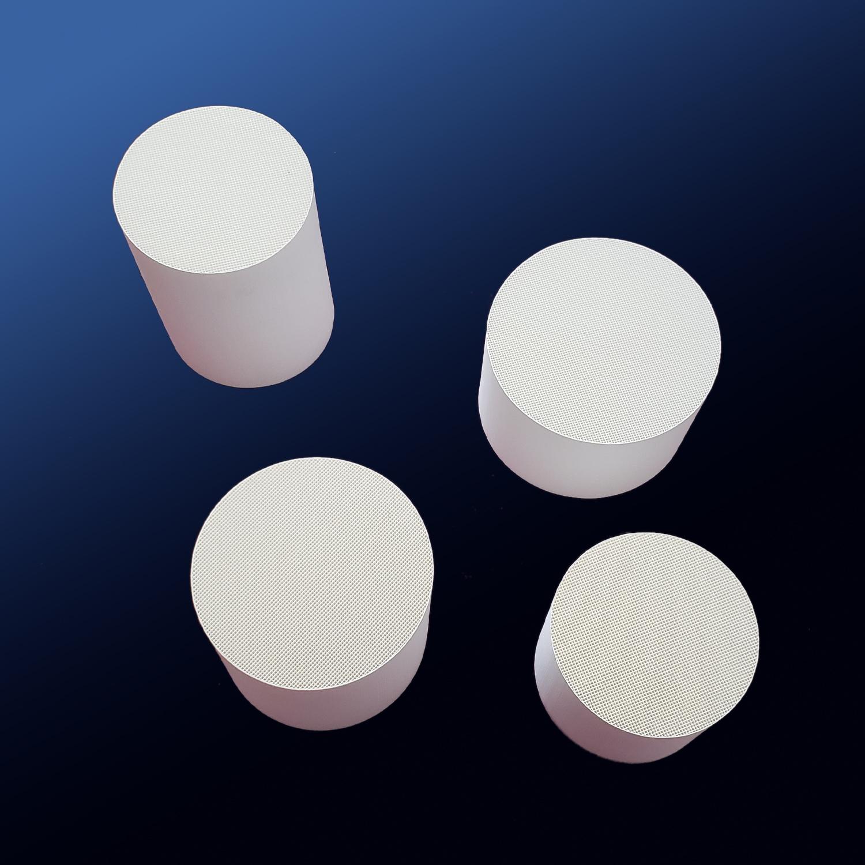 Dense Alumina and Dense Cordierite Honeycomb Ceramic