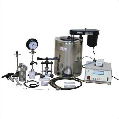 Bomb Calorimeter With Safety Device