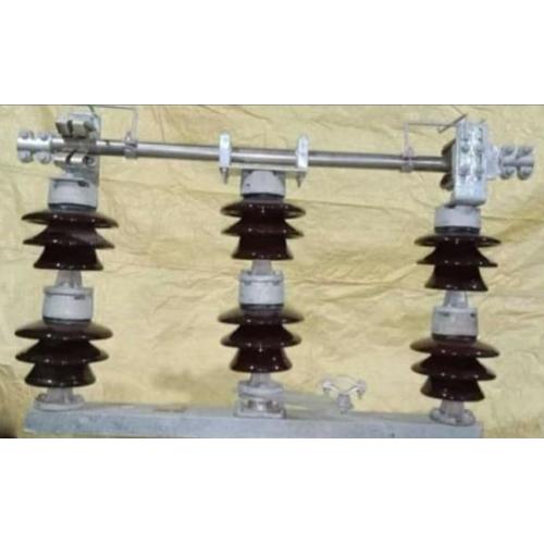 33 KV Isolator Double Stake Type