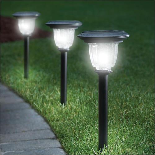 12 W Garden Light