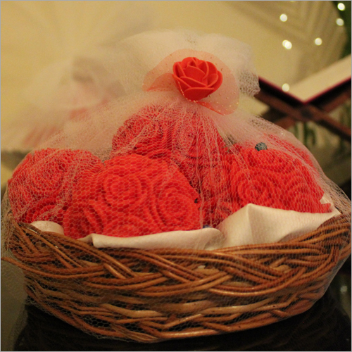 Big Rose Basket Candle