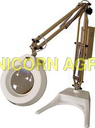 Flexible Arm Illuminated Magnifier
