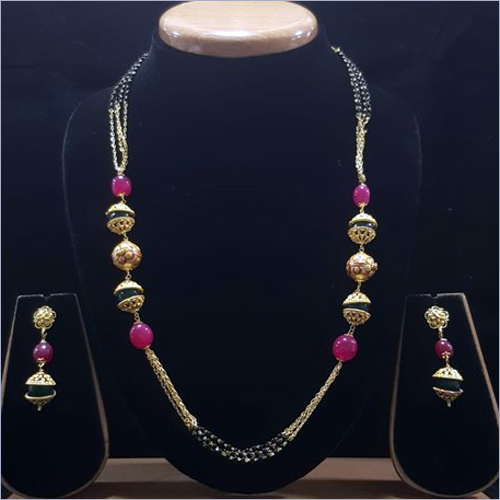 Ladies Traditional Mangalsutra Set