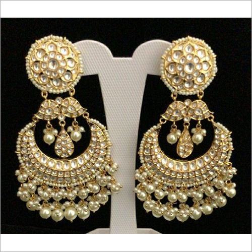 Ladies Kundan Earrings Set