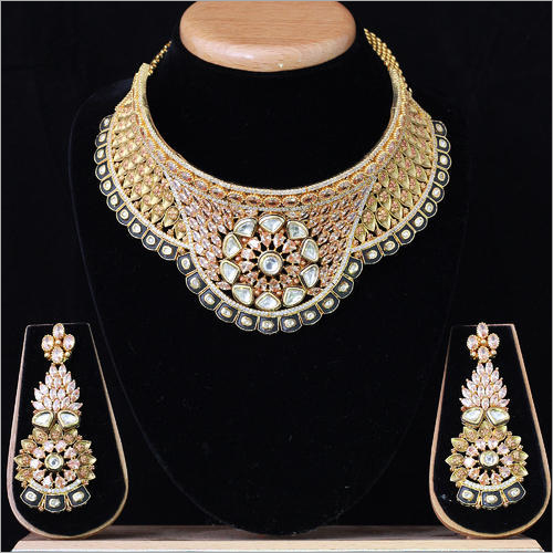 Traditional Antique Kundan Necklace Set