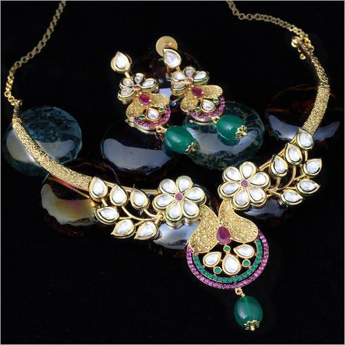 Antique Kundan Party Wear Necklace Set