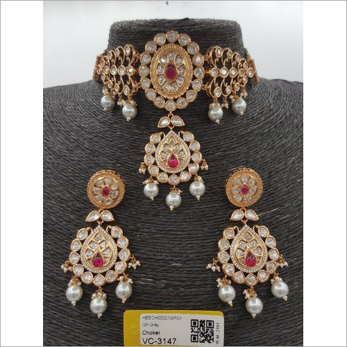 Antique Kundan Choker Necklace Set