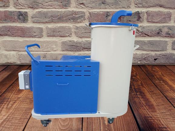 Industrial Dry Vacuum Cleaners