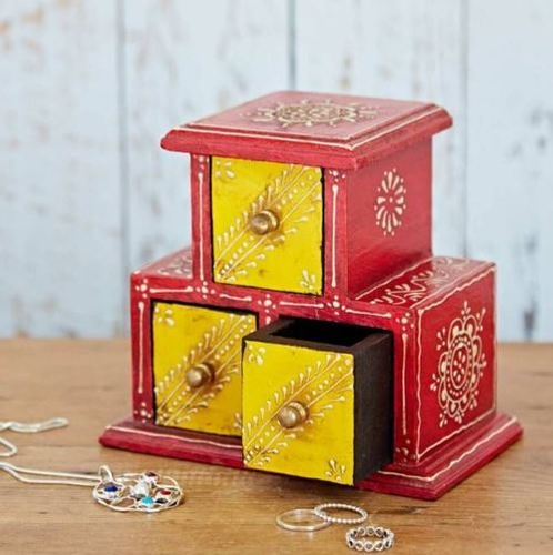 Small wooden Jewelry box 3 Drawers