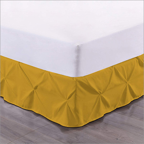 Pinch Pleated Bed Skrit