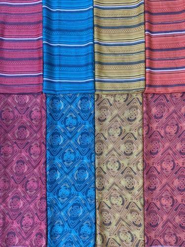 Capsule Foil Print With Mix-match Fabrics