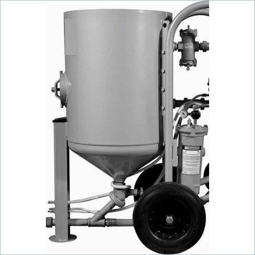 Portable Abrasive Blasting Machine