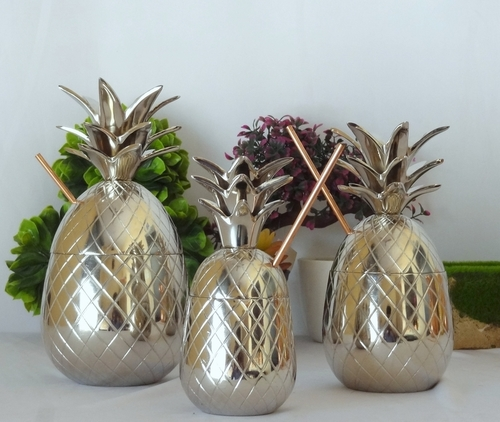 Aluminum Pineapple Nickel Plated Beer Mugs