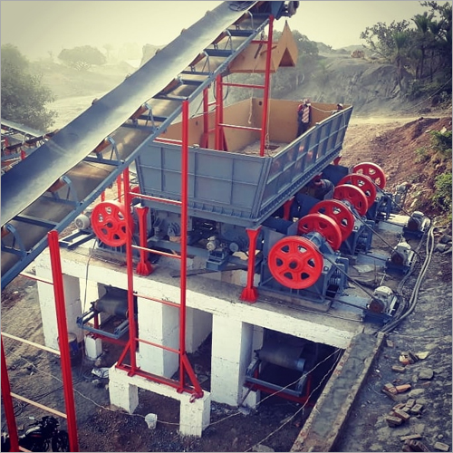 200 - 250 TPH Mild Steel Mobile Crushing Plant