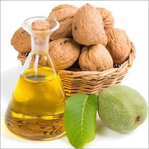 High Quality Walnut Oil CAS 8024-09-7.