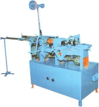 Automatic holl cutting machine