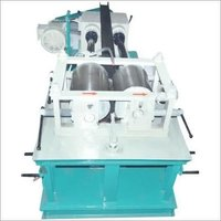 Straightening machine for round