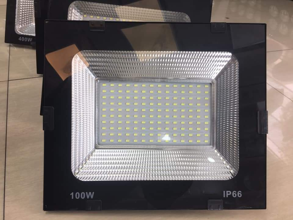 50 W Flood Light
