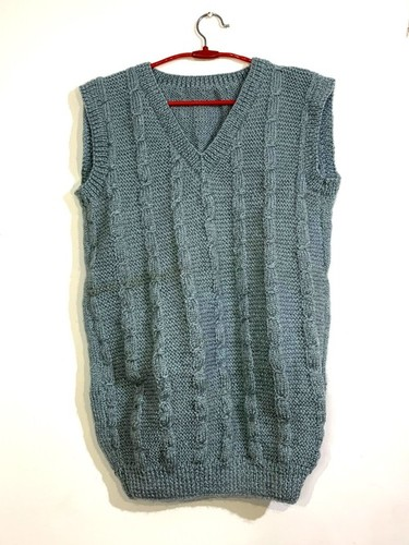 Men's Hand-knit Half Sweater