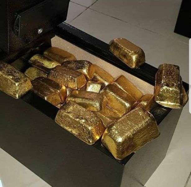 Gold And Nuggets