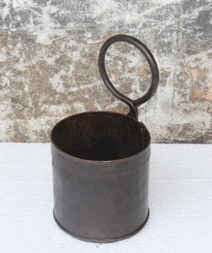 Iron single pot