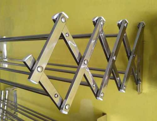 Full Stainless Steel Wall Hangers  In Thenkasi