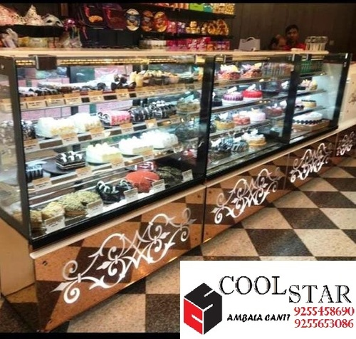 Electric Cake And Pastry Display Counter