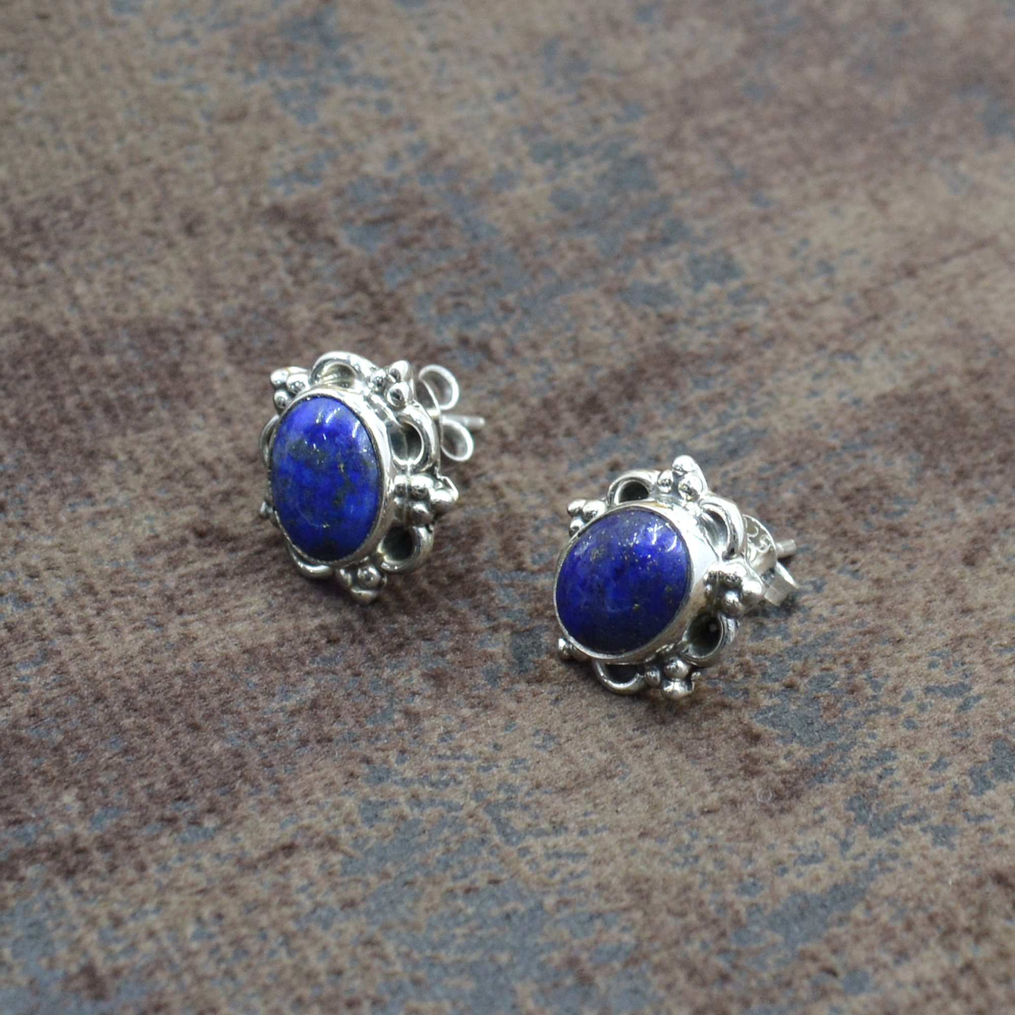 Silvesto India 925 Sterling Silver Natural Blue Lapis Lazuli Oval Shape Gemstone Stud Earring For Women