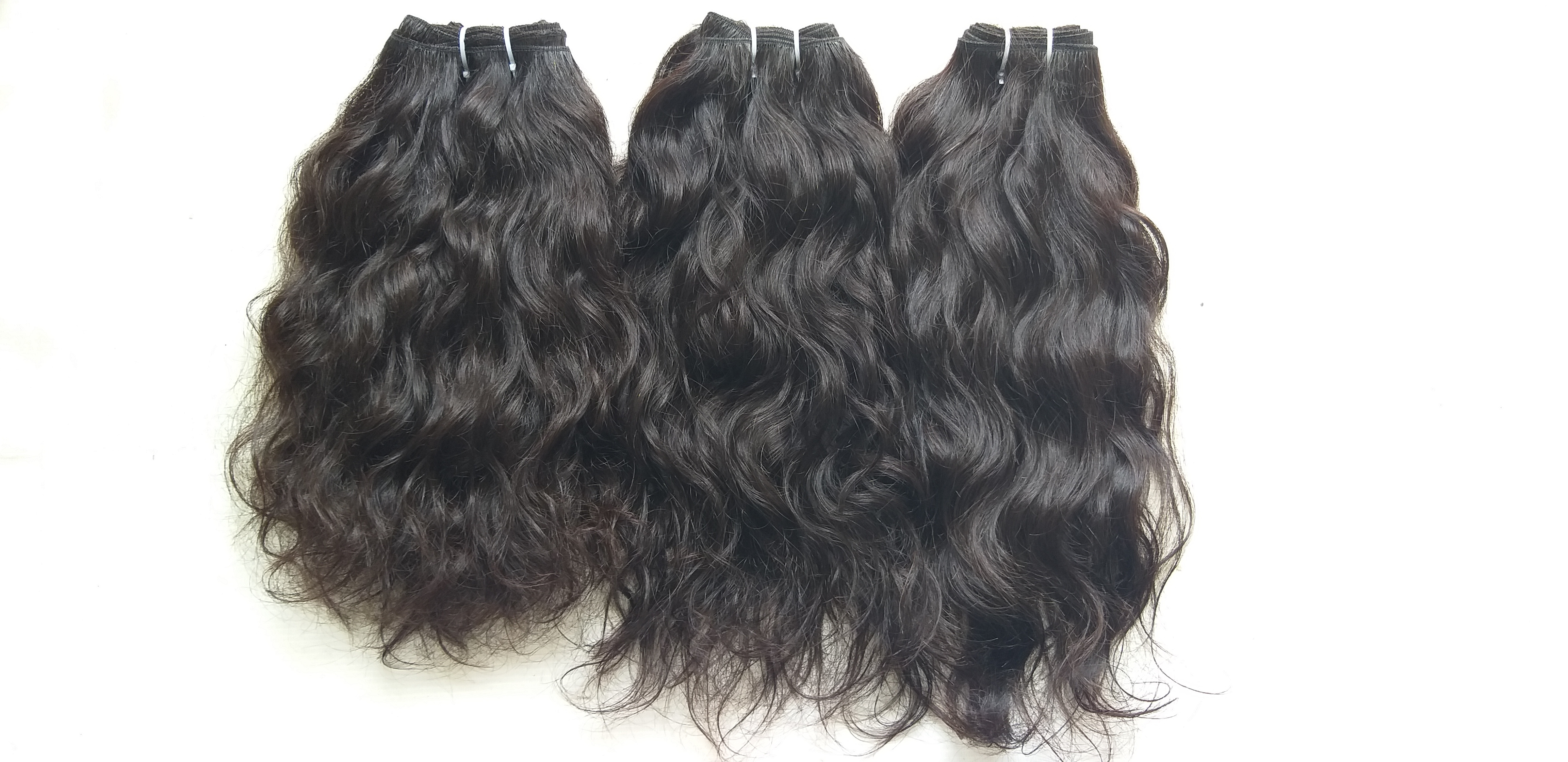 100 Percent Indian Remy Wavy Human Hair
