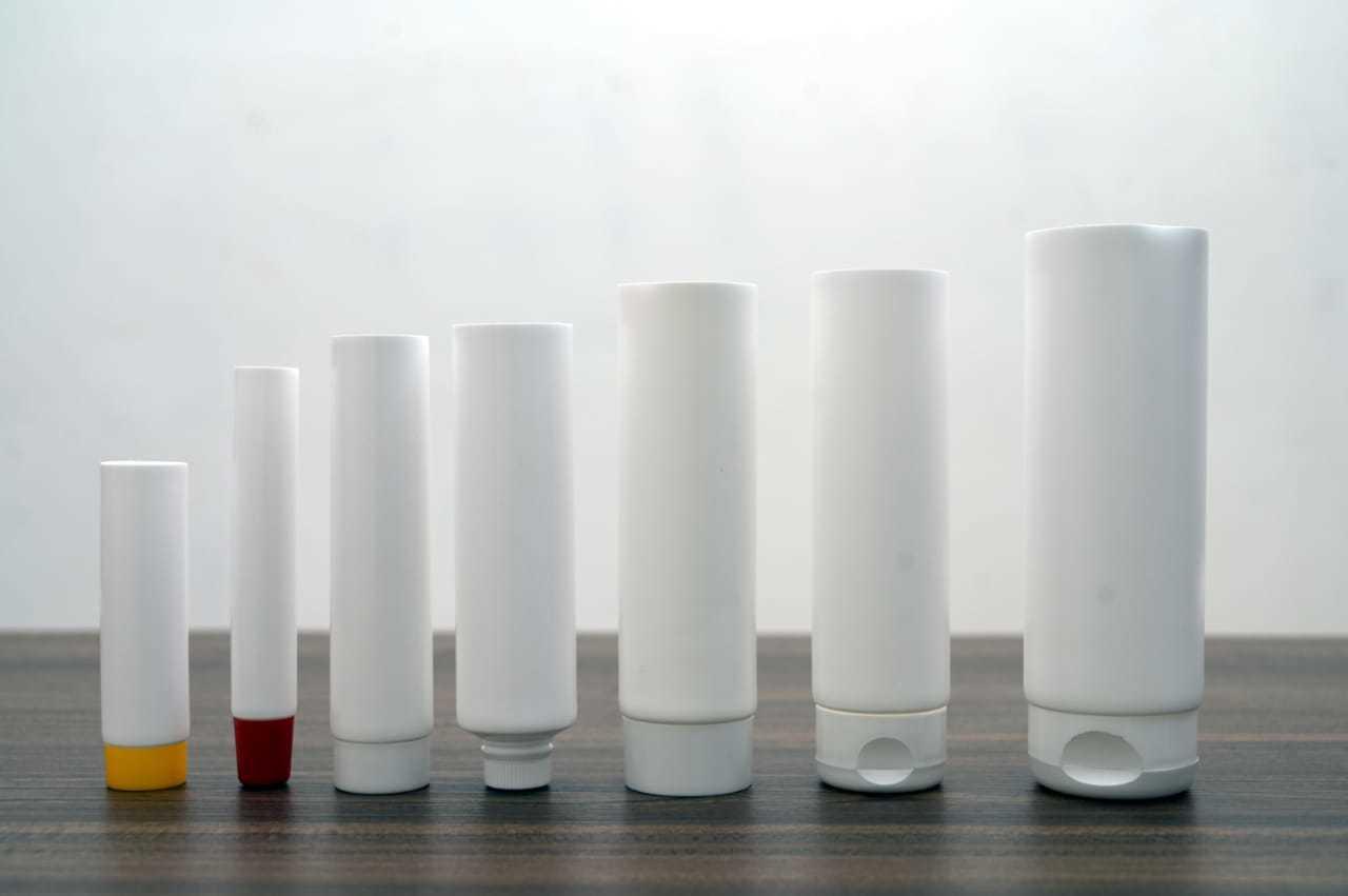 seamless plastic tube