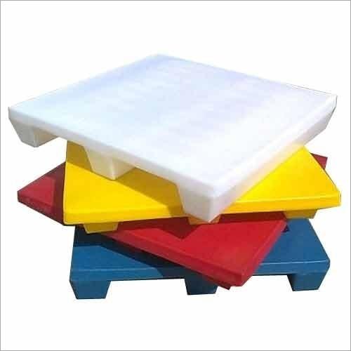 Roto Moulded Plastic Pallet