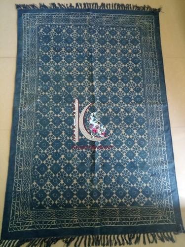 Traditional carpet flat weave rug