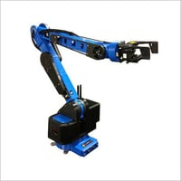 6 DoF Robotic Arm With Gripper