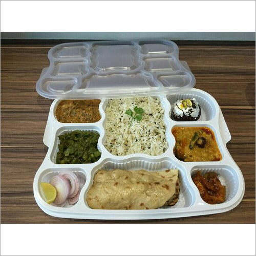 8 CP Plastic Disposable Food Tray