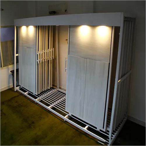 Tiles Sliding Display Stand