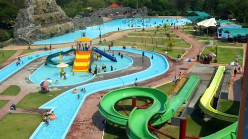 Mini Water Park Installation Services