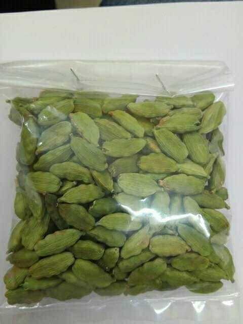 Top Quality Green And Black Cardamom