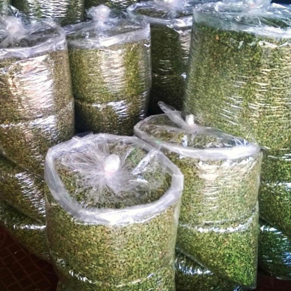 Premium Whole Large Green Cardamom