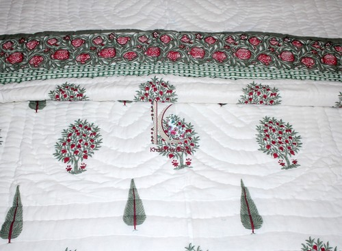 Quilts & Bedspread