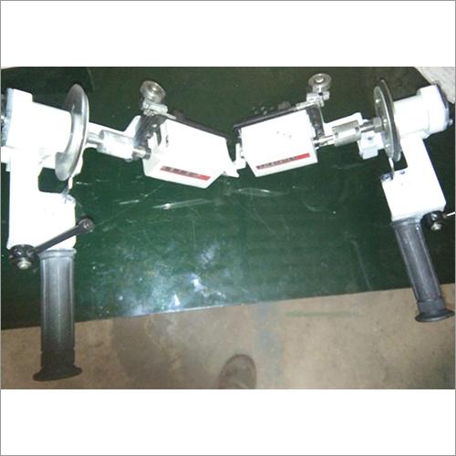 Diameter Measuring Device of Wheel Lathe